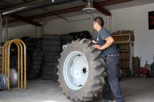 tractor-tire